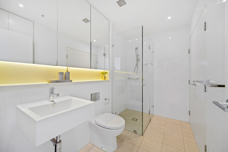 Deluxe Retreat in the Centre of Convenience, Ryde