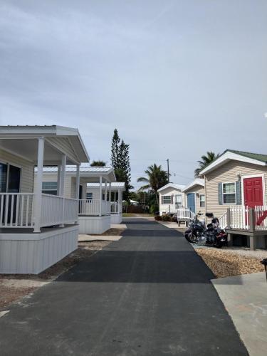 Caribbean Shores Bungalows, Martin