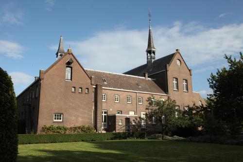 Het Klooster Breda, Breda