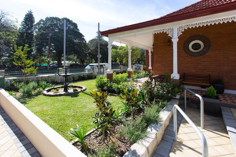 Centennial Park Lodge, Randwick