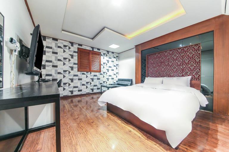 Hotel Raton, Yangju