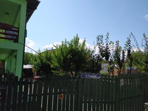 Casa cu Flori, Techirghiol, Agigea