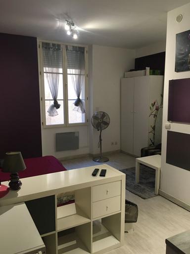 Studio Centre Ville, Var