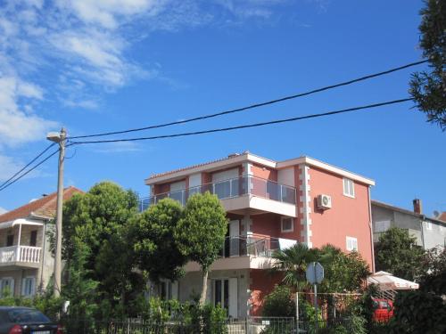 Apartments Delfin,
