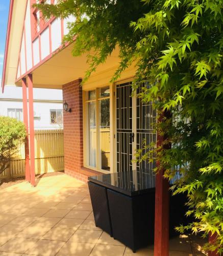 Heart of Geelong Entire Townhouse Sleeps 8, Geelong