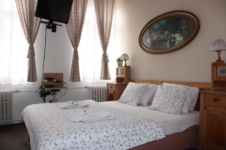 Hotel Excellent, Kroměříž