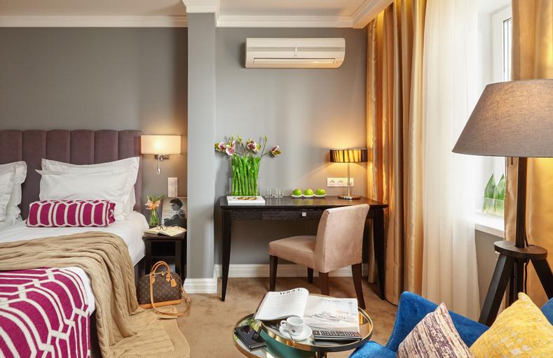 Easy Room, Borskiy rayon