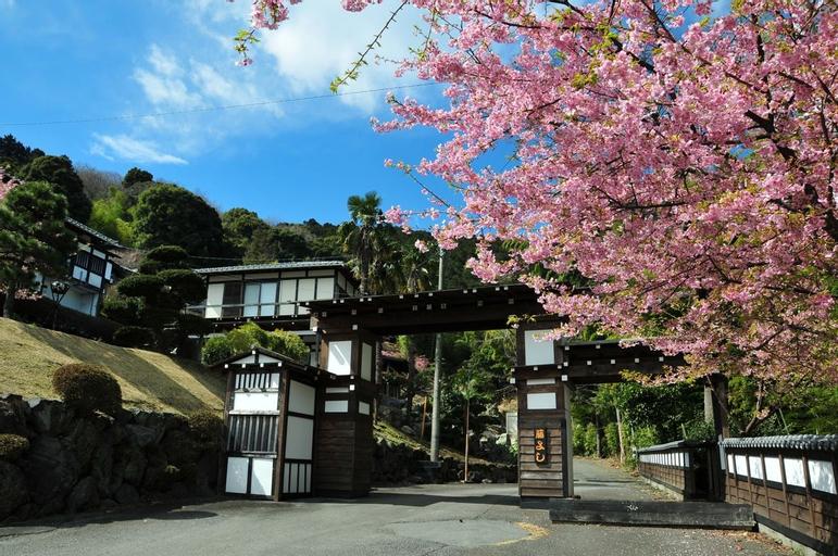 Yokohama Fujiyoshi Izuten, Itō
