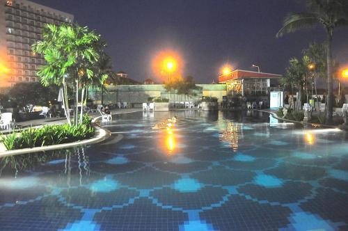 Jomtien Beach Condo by Pattaya Capital Property, Pattaya