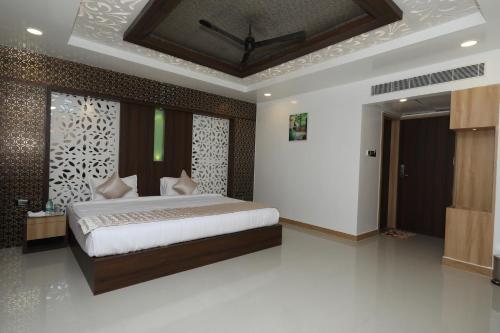 HOTEL GOLDEN SWAN, Kancheepuram