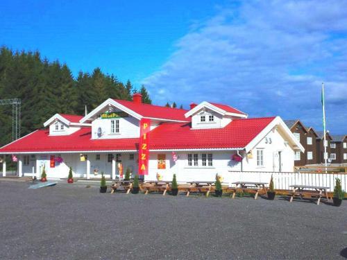 Vestby Hotell & Gjestegaard AS, Ås