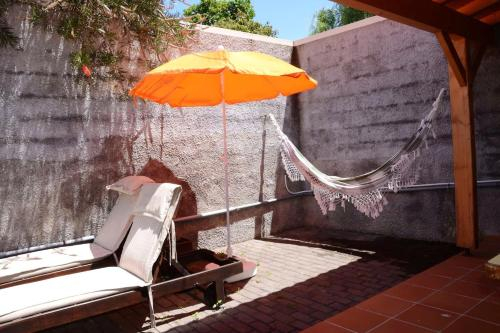 House with one bedroom in Porto da Cruz with wonderful mountain view enclosed garden and WiFi, Machico