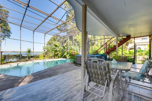Spacious Lakefront House with Pool, Hottub, & Boating, Orange
