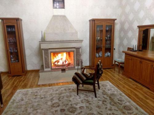 Chimney Family Home, Qibray
