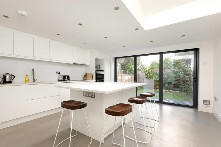 Lewisham Family Home for 7, 20mins to LDN Bridge!, London