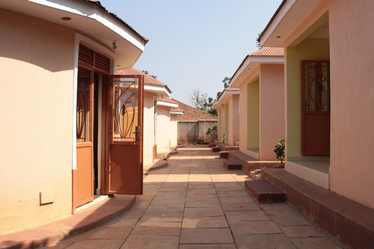 Agabet Hotel, Mbale