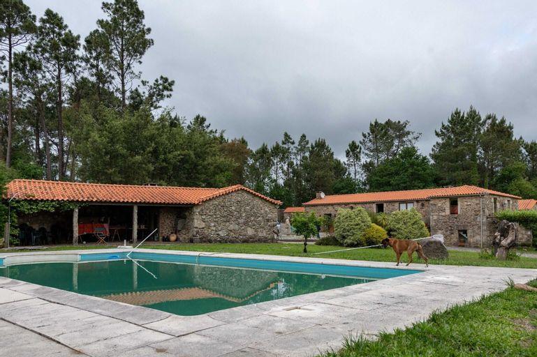 Villa With 7 Bedrooms in Mentrestido, With Private Pool, Enclosed Gard, Vila Nova de Cerveira