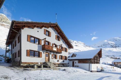 Gasthaus Alpenrose Juf, Hinterrhein