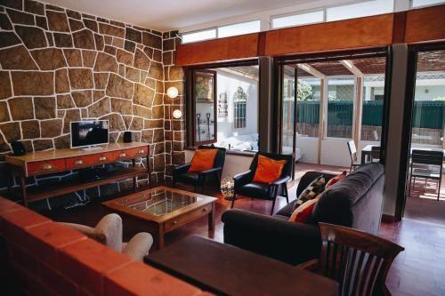 Vintage Beach & Golf Villa, Almada