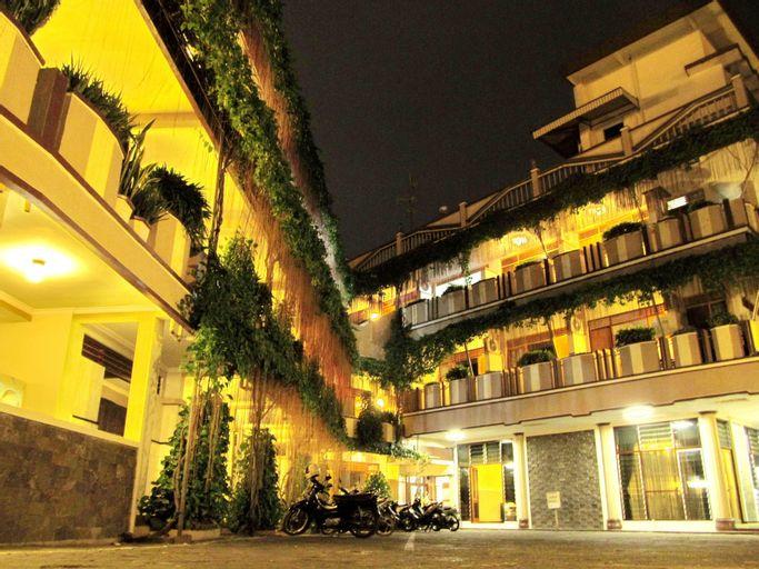 Lestari Hotel & Resto, Jember