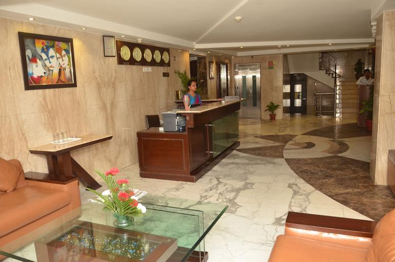 Airport Hotel Grand Delhi, West