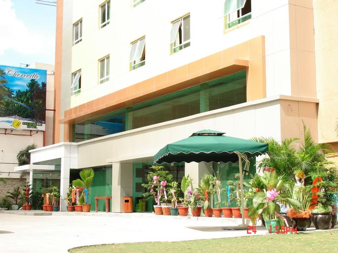M Chereville Hotel, Manila