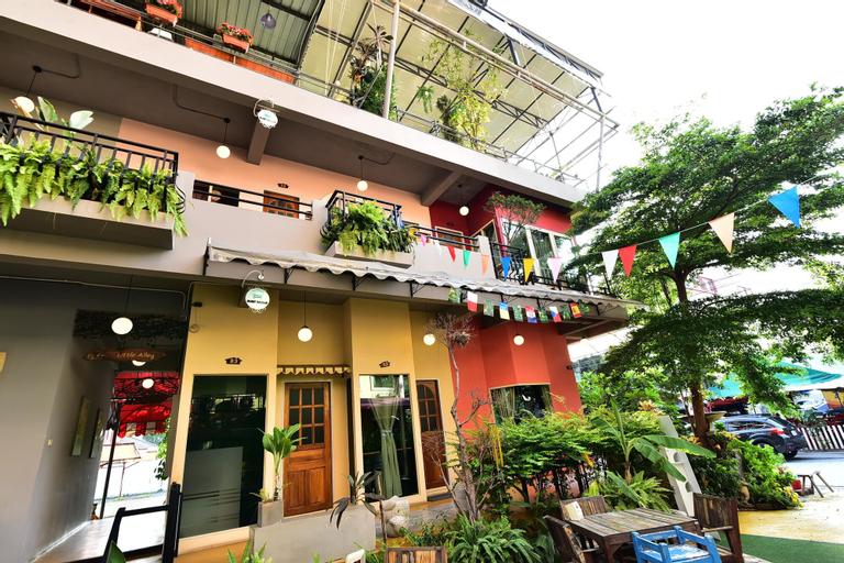 The Little Alley Boutique Hotel, Min Buri