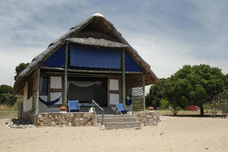 Lake Shore Lodge & Campsite, Nkasi