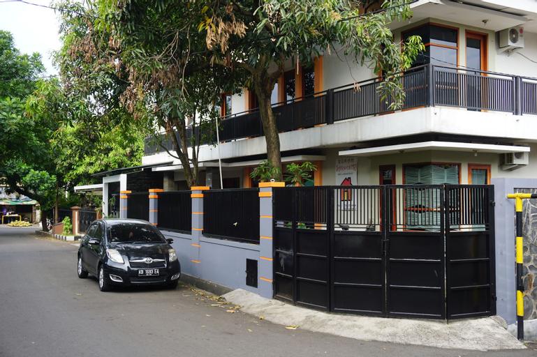 Rumah Sarwestri B&B, Bandung
