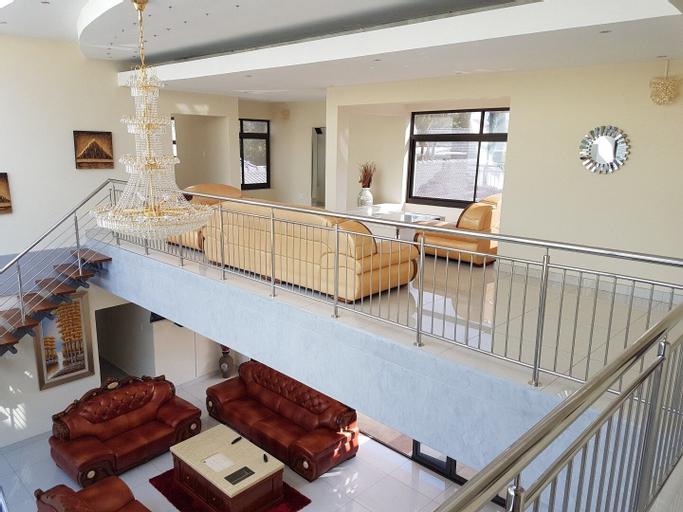 Avalon Lodge, Buffalo City