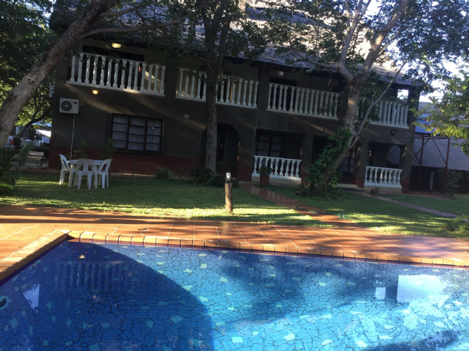 Mopani Lodge, Hwange