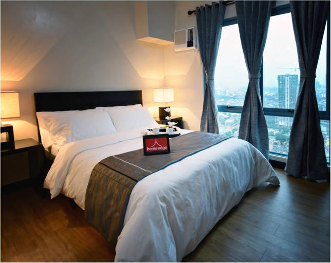 Home Edge Accommodations @ Tivoli Garden Residences, Mandaluyong