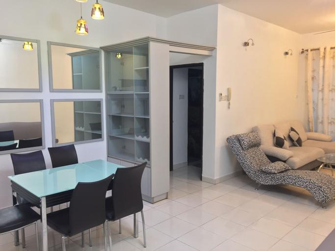 Luxury Apartment at Casa Tiara, Kuala Lumpur