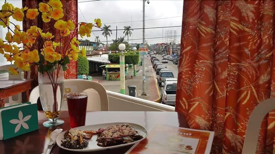 Aries Hostel Y Restaurant, Cunduacán