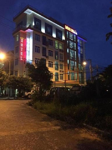 Hoang Linh Hotel, Đồng Hới