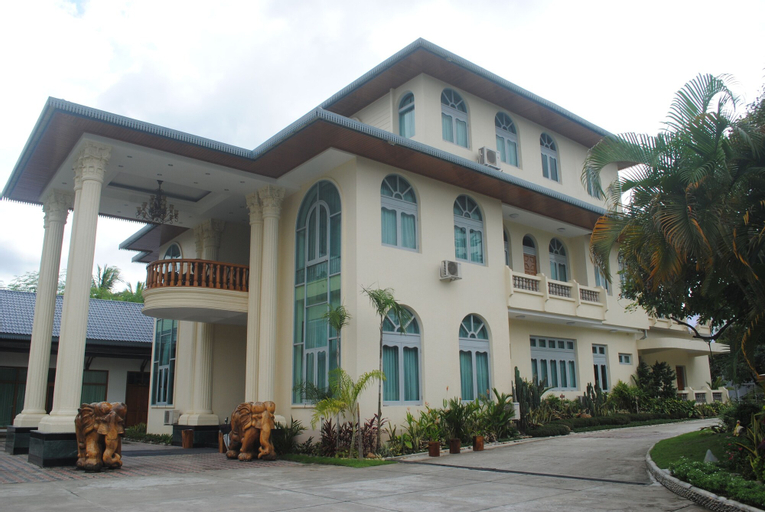 Myitkyina Plam Spring Resort Hotel, Myitkyina