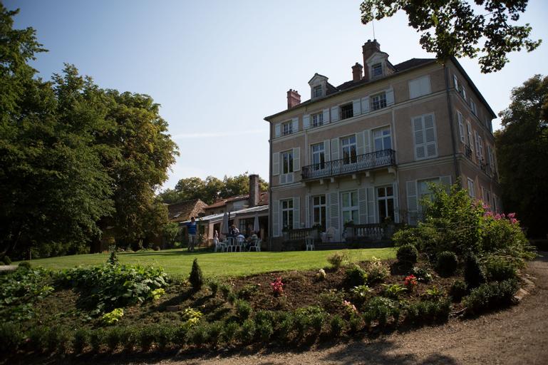 Le Château de la Vierge, Essonne