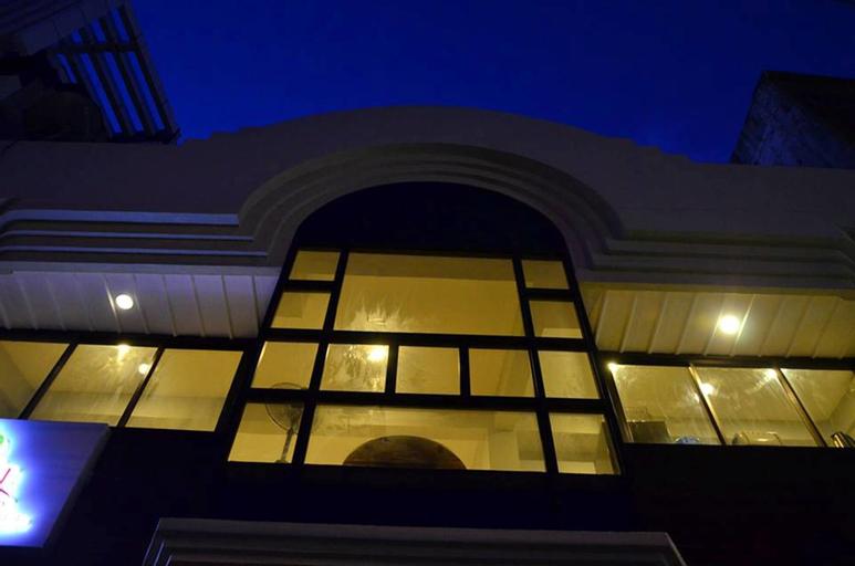 Tree House Inn, Puerto Princesa City