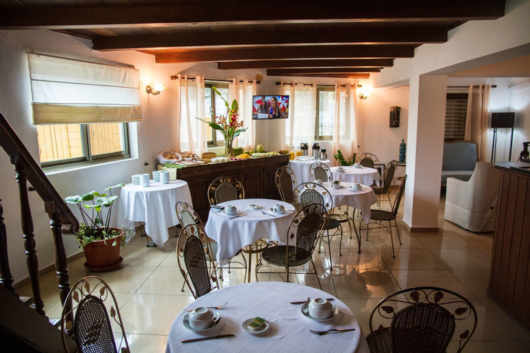 Hotel Residencial Luxan, Água Grande