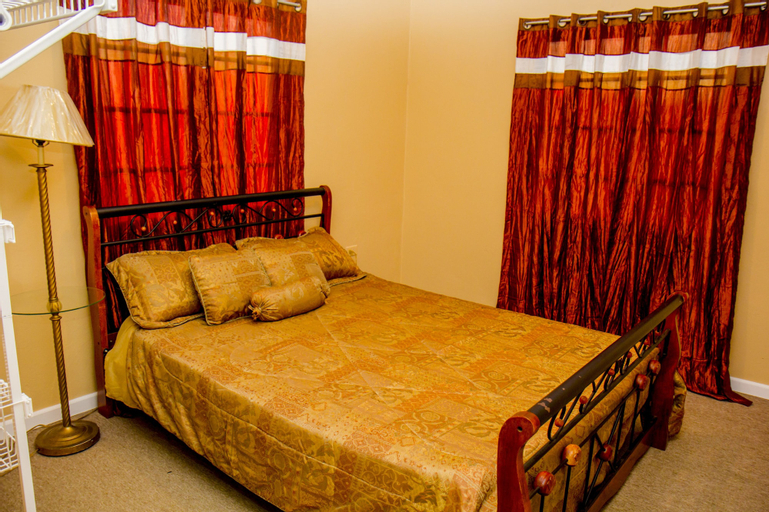 Port of Spain Sunny Guest Apartment,