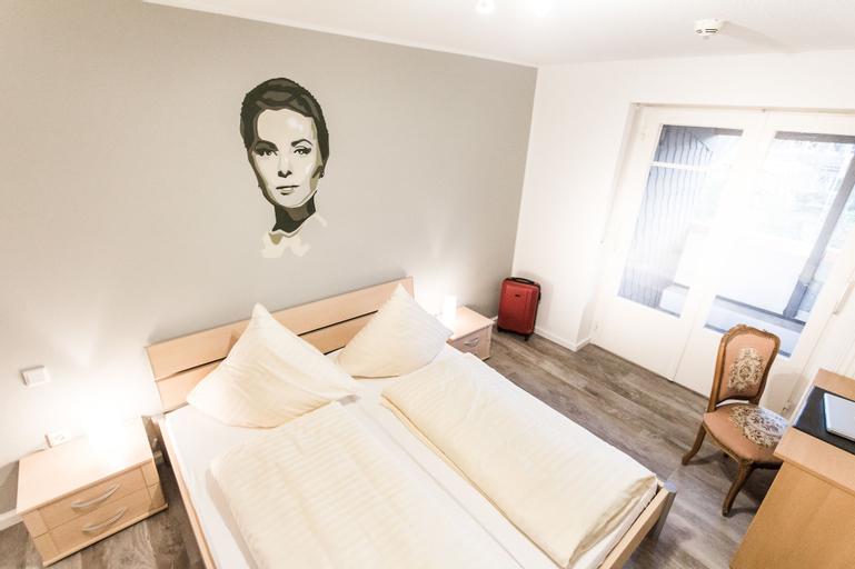 Hotel Rave, Borken