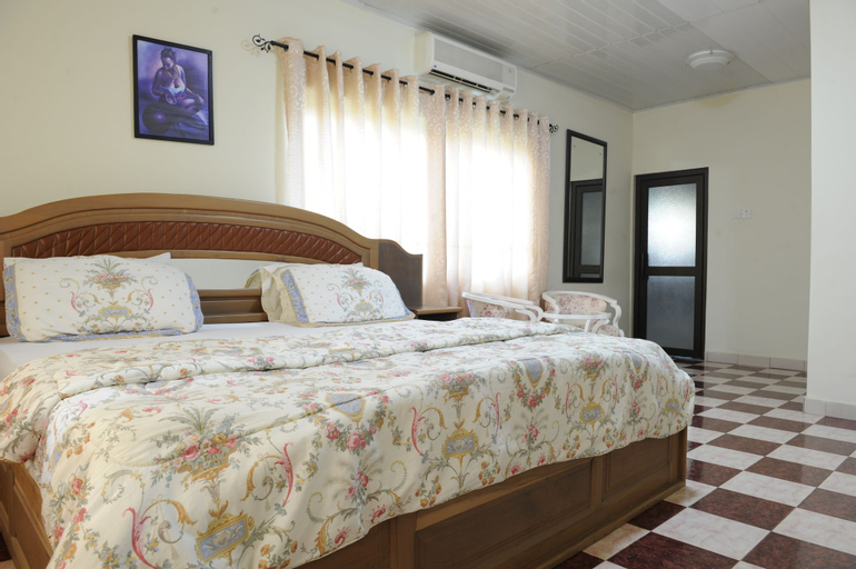 Mount Pleasant Inns & Apartment, Akwapim North