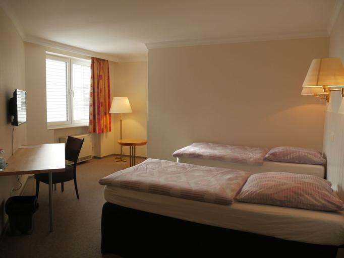 Hotel Pause, Main-Taunus-Kreis