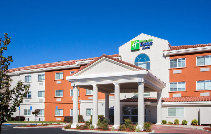 Holiday Inn Express Hotel & Suites Oroville Southwest, Butte