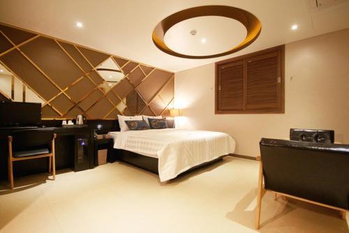 HOTEL Able, Masan