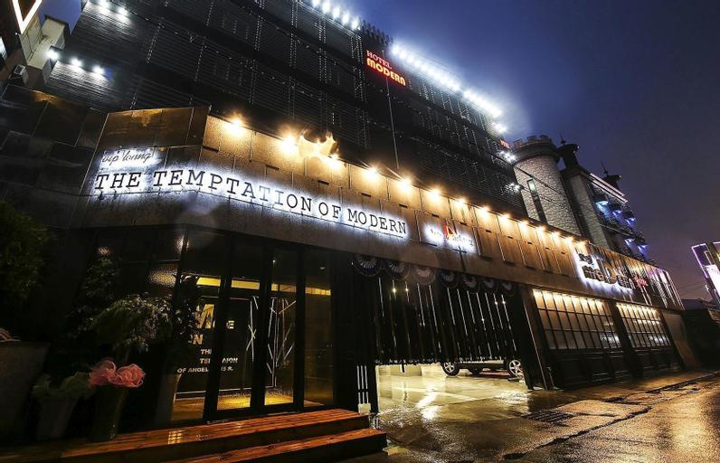 Modern Hotel, Daedeok
