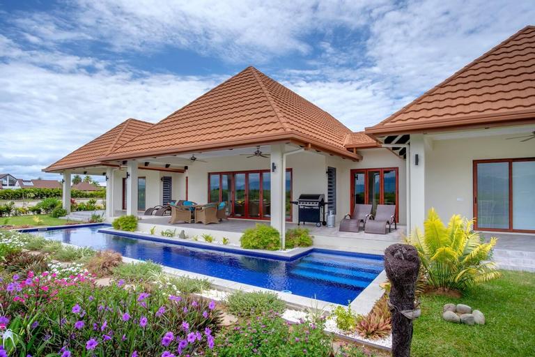 Naisoso Island Villas Fiji, Ba