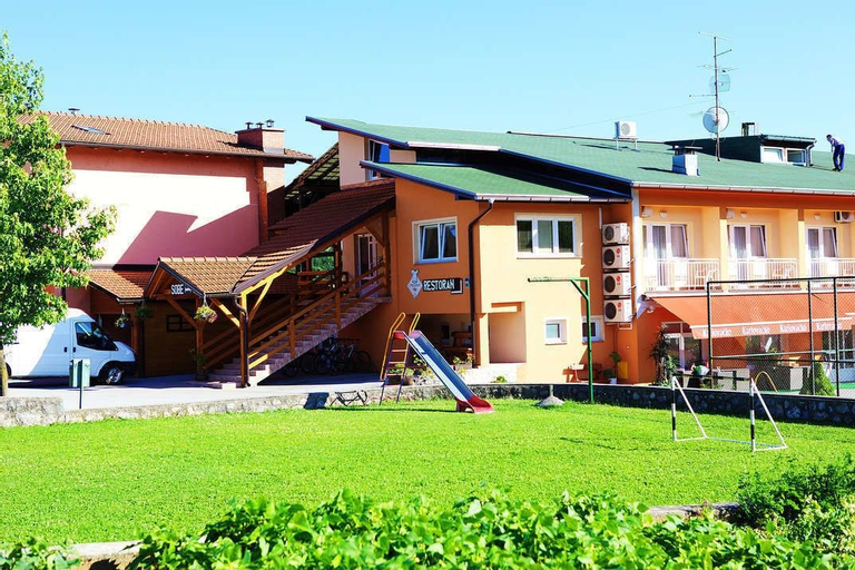 Bed And Breakfast Mreznica House Dp, Duga Resa