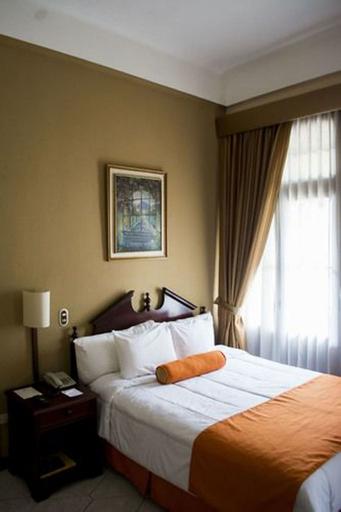 Hotel Royal Palace, ZONA 1