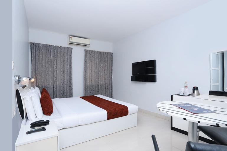 Capital O 10611 Hotel Malabar Illam, Ernakulam